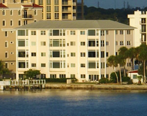 Harbor House condos for sale